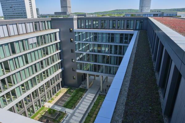 GIZ Bonn Dachabdichtung, Dachbegrünung, Photovoltaik
